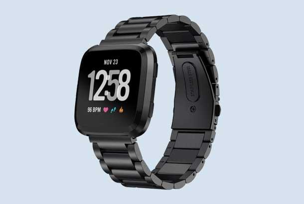 Fitbit Versa metalen horlogeband zwart met vouwsluiting